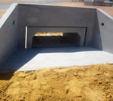 Box culvert headwalls