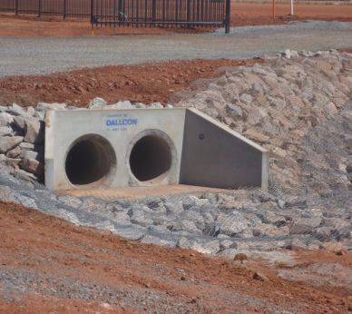 Pipe & custom headwalls